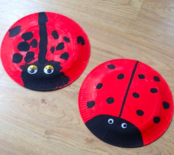 Easy Paper Plate Ladybug