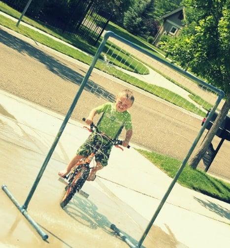 PVC Pipe Sprinkler, kid friendly backyard ideas on a budget