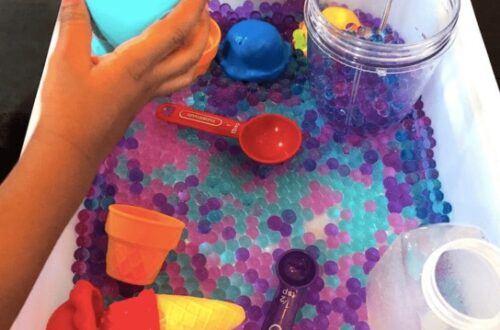 Sensory Activities That Toddlers Will Love? Well Check Out This Water Bead Sensory Bin Activity That Will Keep Your Child Occupied and Learning!