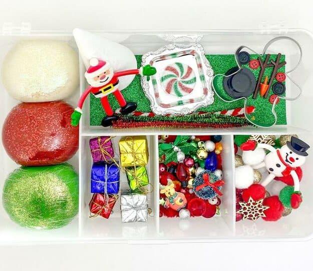 Christmas Themed Playdoh Kits