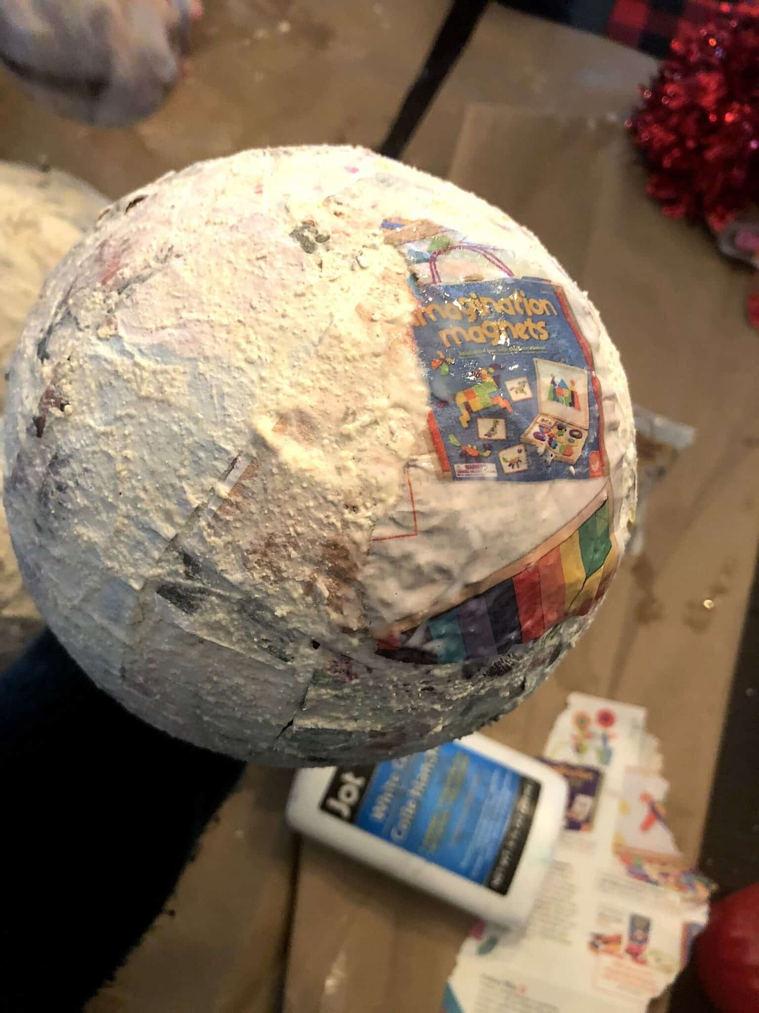 These Awesome Paper Mache Projects For Kids Will Be A Hit For Any Age Group! Whether It's A Solar System or An Animal, These Art Craft Projects Are A Must See! #solarsystemprojectsforkids #papermache