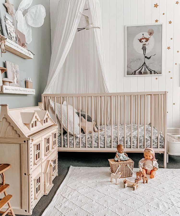 baby-girl-nursery-woodland