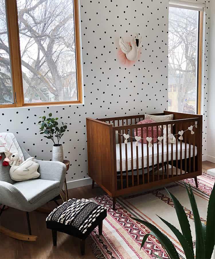 baby-girl-nursery-wall